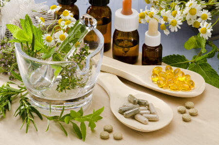 When To See A Medical Doctor Vs. A Naturopathic Doctor